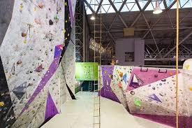 Τοίχος αναρρίχησης στο OAKA indoor