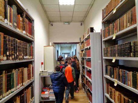 """""""Βουτιά στη γνώση"""" στη Βιβλιοθήκη του Δήμου Αθηναίων"""