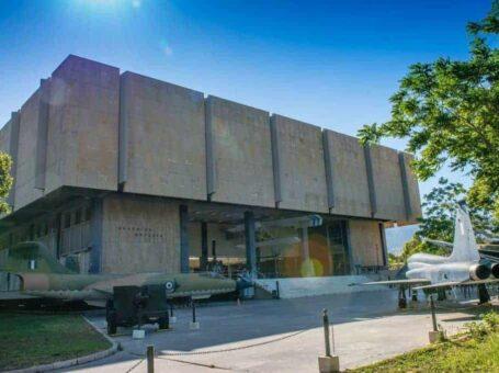 Θερινό σχολείο στο Πολεμικό Μουσείο