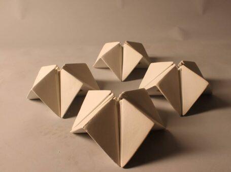 Οριγκάμι σε πηλό στο Μουσείο Νεώτερης Κεραμεικής
